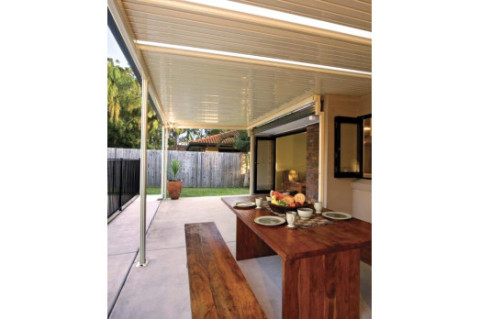 Universal Home Improvements - Stratco Outback Patio System (Single Skin)
